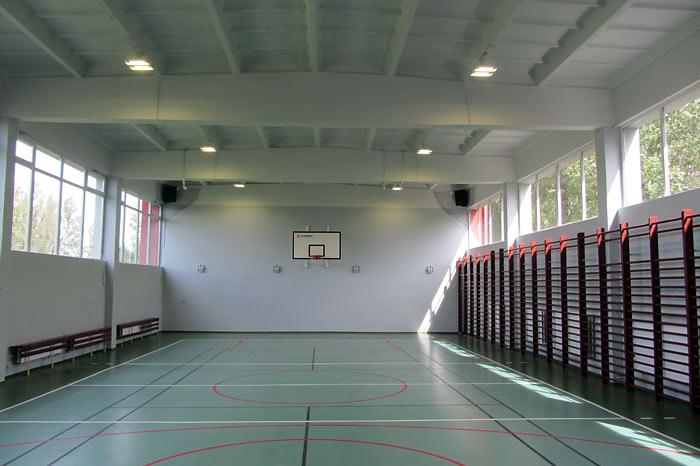 Ilustracja do informacji: Remonty w szkołach