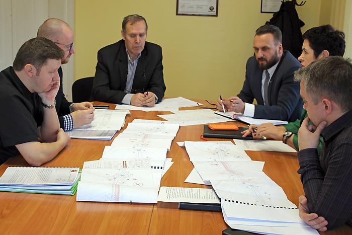 Ilustracja do informacji: Powiat wyremontuje ul. Moniuszki w Żarach