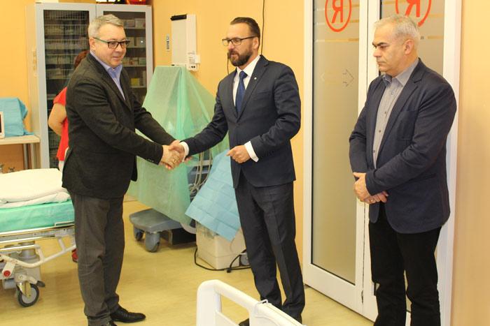 Ilustracja do informacji: Powiat ufundował sprzęt dla szpitala