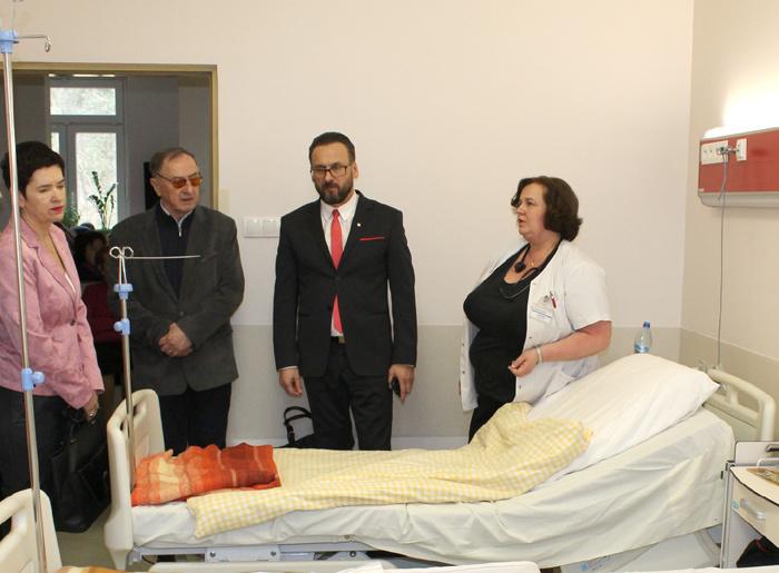 Ilustracja do informacji: Nowoczesne wyposażenie dla oddziału wewnętrznego powiatowego Szpitala Na Wyspie