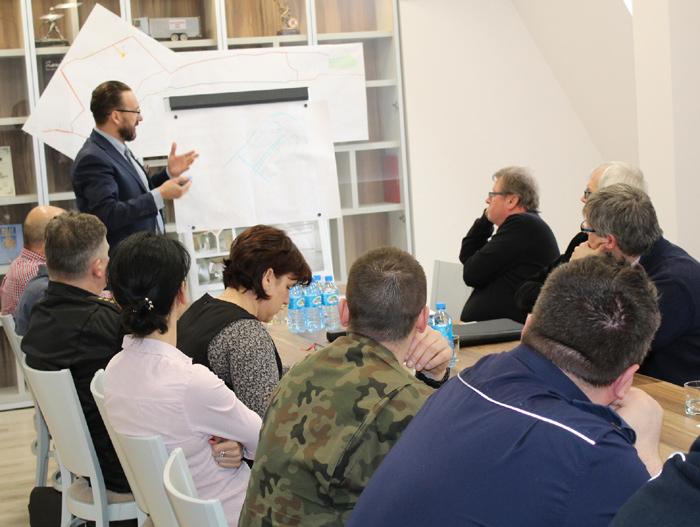 Ilustracja do informacji: Posiedzenie Powiatowego Zespołu Zarządzania Kryzysowego w sprawie Brożka