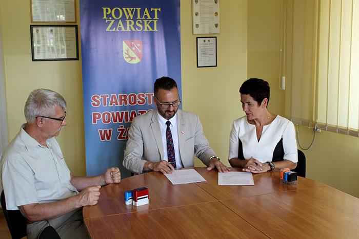 Ilustracja do informacji: Umowa na budowę mostu w Grabkowie podpisana!