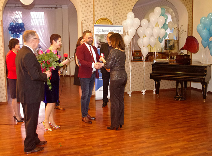 Ilustracja do informacji: Uroczyste obchody 15-lecia powiatowego Szpitala Na Wyspie w Żarach