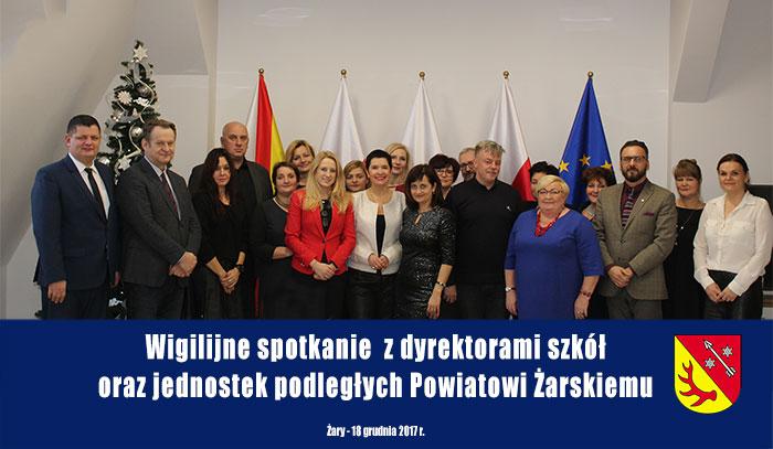 Ilustracja do informacji: Wigilijne spotkanie z dyrektorami szkół oraz jednostek podległych Powiatowi Żarskiemu