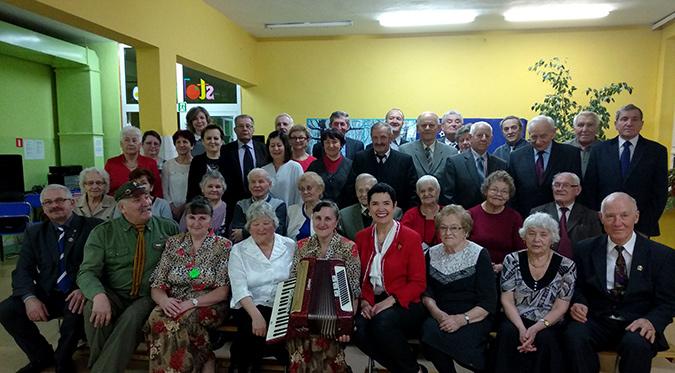 Ilustracja do informacji: Spotkanie opłatkowo - noworoczne w kole Sybiraków w Żarach