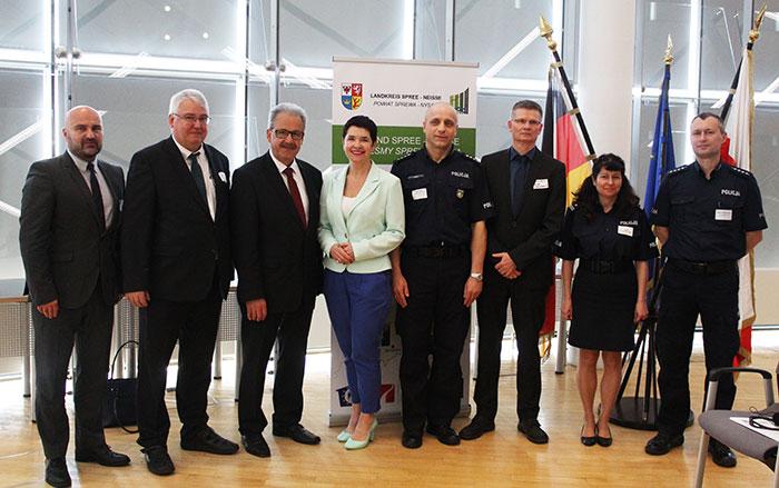 Ilustracja do informacji: Pierwsza niemiecko-polska konferencja pt. ,,Transgraniczna współpraca w zakresie zwalczania i zapobiegania uzależnieniom w Euroregionie Sprewa-Nysa-Bóbr''