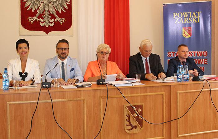 Ilustracja do informacji: XL sesja Rady Powiatu Żarskiego