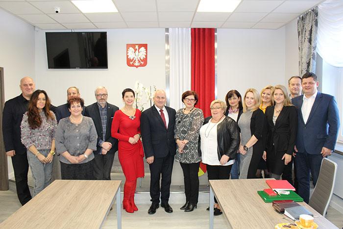 Ilustracja do informacji: Spotkanie Starosty Józefa Radziona i Wicestarosty Małgorzaty Issel z Dyrektorami