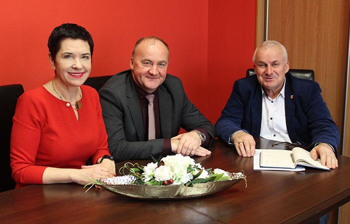 Ilustracja do informacji: Spotkanie władz Powiatu Żarskiego z Burmistrzem Jasienia Andrzejem Kamyszkiem
