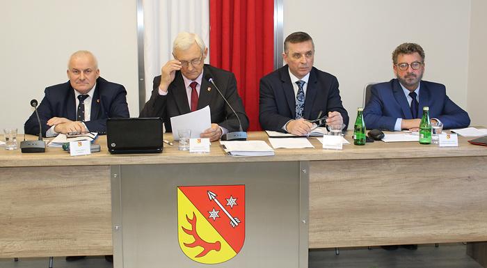 Ilustracja do informacji: XII sesja Rady Powiatu Żarskiego