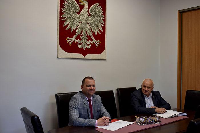 Ilustracja do informacji: Spotkanie Starosty Żarskiego z Wójtem gminy Trzebiel