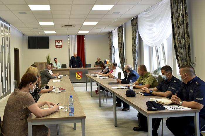 Ilustracja do informacji: Posiedzenie Powiatowego Zespołu Zarządzania Kryzysowego oraz Komisji Bezpieczeństwa i Porządku