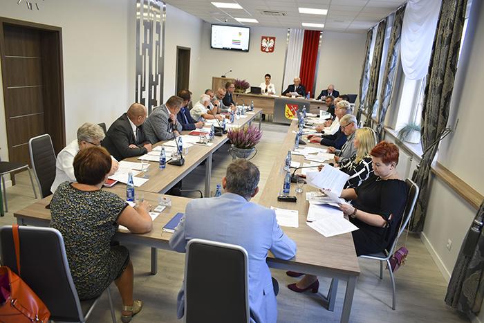 Ilustracja do informacji: XVII Sesja Rady Powiatu Żarskiego