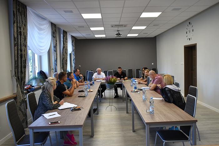 Ilustracja do informacji: Spotkanie w sprawie Powiatowej Olimpiady Młodzieży