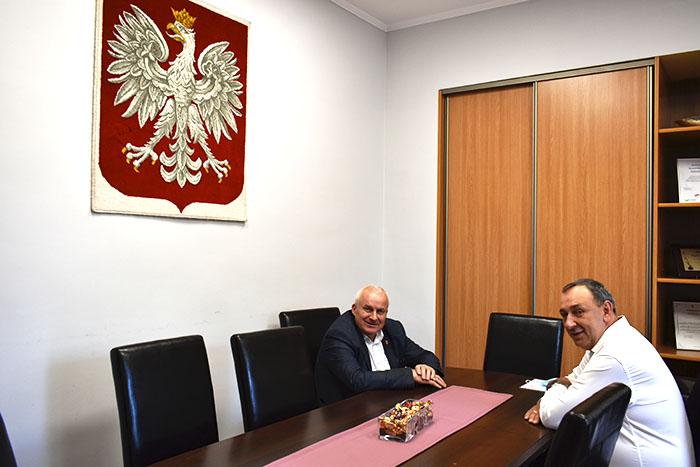 Ilustracja do informacji: Spotkanie Starosty Żarskiego z Wójtem Gminy Przewóz