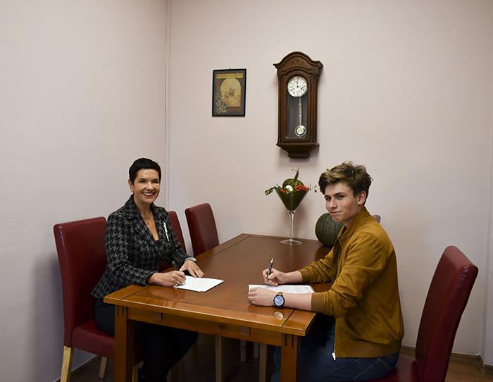 Ilustracja do informacji:  Spotkanie ws. utworzenia Powiatowej Rady Młodzieży - Ogólnopolska Federacja Młodych
