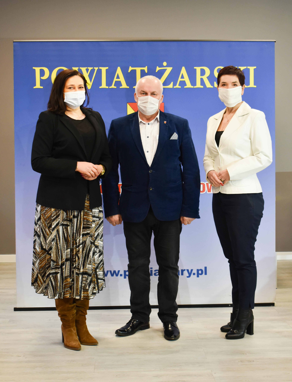 Ilustracja do informacji: Spotkanie Starosty i Wicestarosty z Prezes Szpitala Na Wyspie w Żarach.
